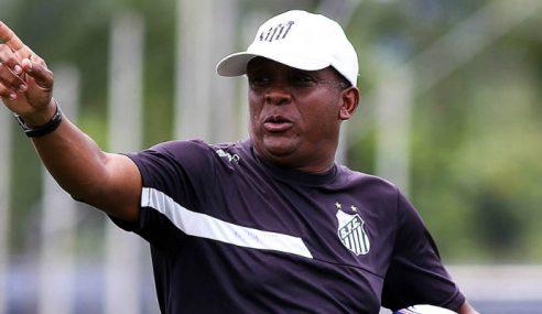 Juary deixa o comando do sub-13 do Santos