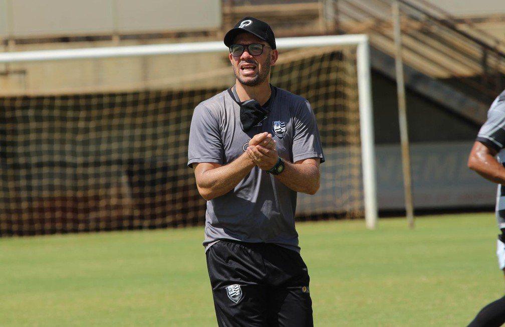 Atlético-GO contrata técnico para o time sub-20