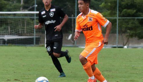 Botafogo contrata mais um do Nova Iguaçu para a categoria sub-20