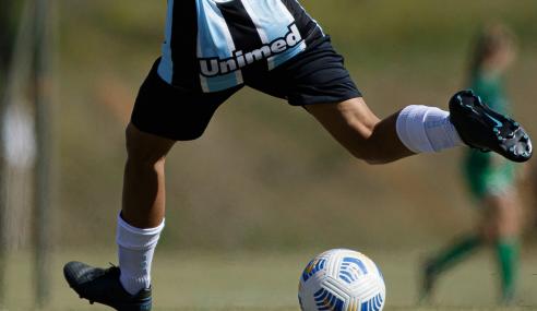 Grêmio goleia Iranduba e começa bem no Brasileirão Feminino Sub-18