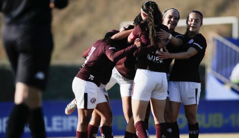Ferroviária faz 9 a 0 no Juventude e vence a primeira no Brasileirão Feminino Sub-18