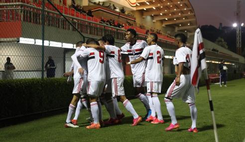 São Paulo goleia Fluminense e fica perto das semifinais do Brasileirão Sub-17