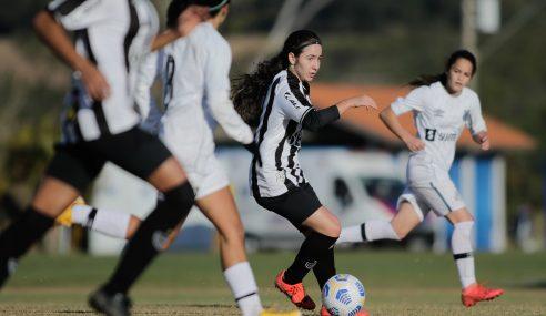 Em jogo movimentado, Santos e Atlético-MG empatam pelo Brasileirão Feminino Sub-18