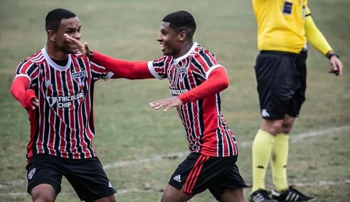 São Paulo vence, mantém invencibilidade e aumenta jejum do Santos no Brasileirão Sub-20