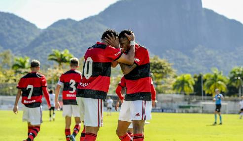 Flamengo vira no segundo tempo e vence Corinthians pelo Brasileirão Sub-20