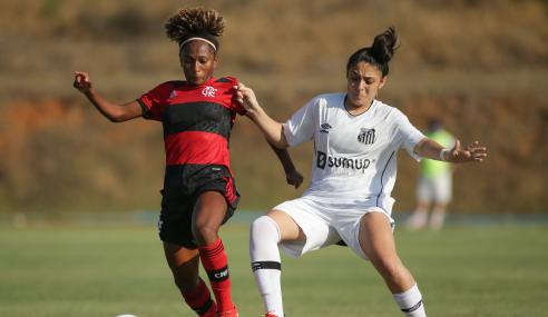 Flamengo vira nos acréscimos e elimina Santos do Brasileirão Feminino Sub-18
