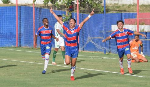 Em jogo de sete gols, Fortaleza goleia Chapecoense e encerra jejum no Brasileirão Sub-20