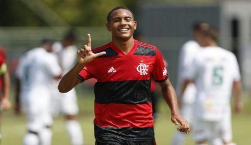 Flamengo goleia Portuguesa, pelo Carioca Sub-17