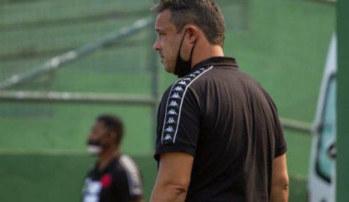 Vasco demite técnico do time sub-20