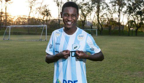 Londrina confirma a contratação de Jhonny Lucas