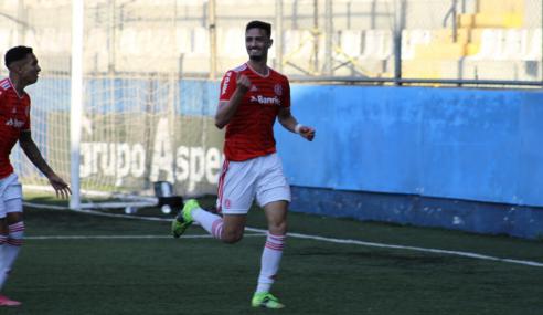 Com gol de Cadorini, Internacional bate Flamengo pelo Brasileirão Sub-20