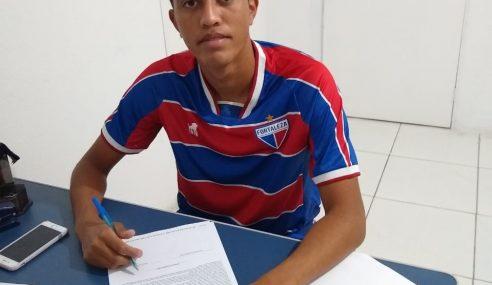 Fortaleza contrata lateral para o time sub-20