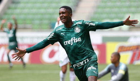 Palmeiras derrota Chapecoense e se mantém no G-4 do Brasileirão Sub-20