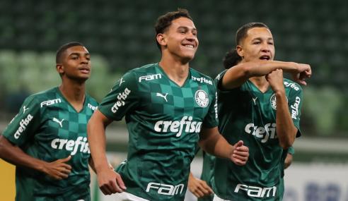 Palmeiras massacra Confiança no duelo de ida das oitavas da Copa do Brasil Sub-17