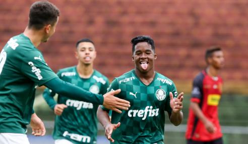 Com gol de joia de 15 anos, Palmeiras vence Flamengo pelo Paulistão Sub-20
