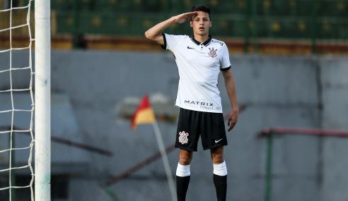 Matheus Araújo marca e Corinthians vence Portuguesa em estreia no Paulistão Sub-20