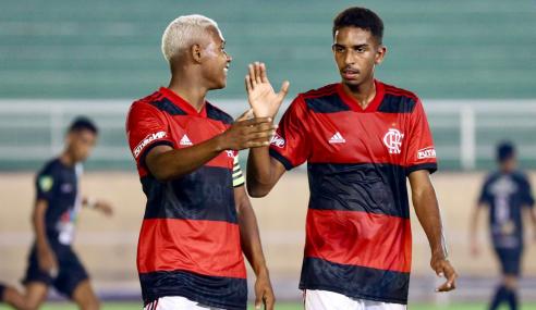 Após título brasileiro, Flamengo faz 12 a 0 no Vasco-AC pela Copa do Brasil Sub-17