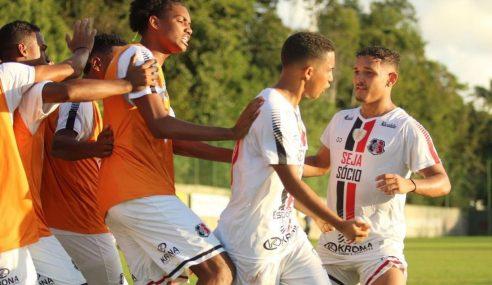 Santa Cruz dispara na ponta do seu grupo no Pernambucano Sub-20