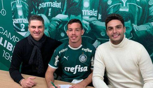 Atacante assina definitivamente com o Palmeiras