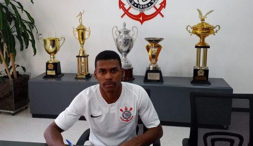 Corinthians contrata lateral-esquerdo para o time sub-20