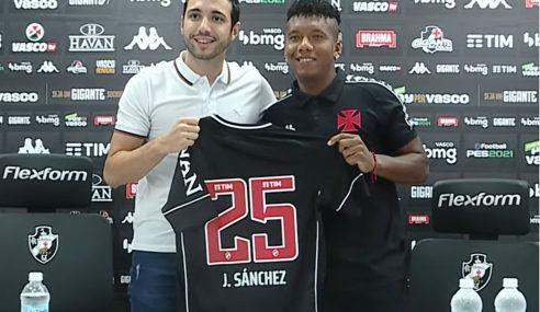 Vasco apresenta jogador equatoriano