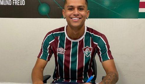 Destaque do time sub-20, filho de Marco Brito renova com Fluminense