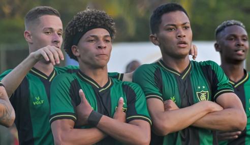 América-MG derrota Fortaleza e entra no G-8 do Brasileirão Sub-20