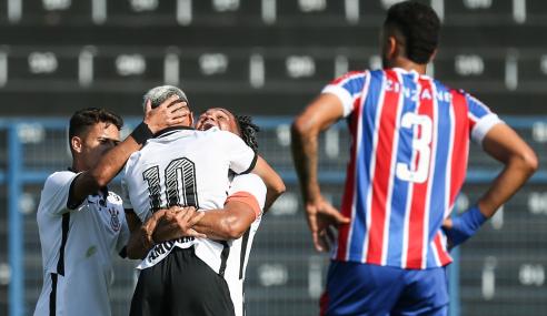 Corinthians atropela Bahia e mantém arrancada no Brasileirão Sub-20