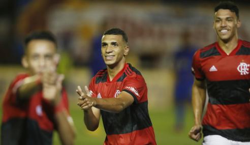 Flamengo vira sobre Cruzeiro e avança às semifinais da Copa do Brasil Sub-17