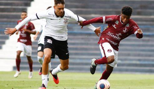Corinthians dispara na ponta do seu grupo e se classifica no Paulista Sub-20