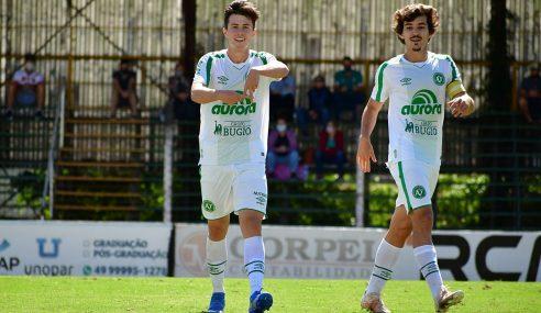 Chapecoense vence a primeira no Catarinense Sub-17