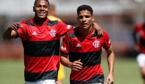 Flamengo goleia Madureira e se garante na semifinal do Carioca Sub-20