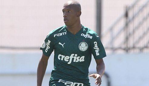 Palmeiras compra mais 20% dos direitos de Danilo