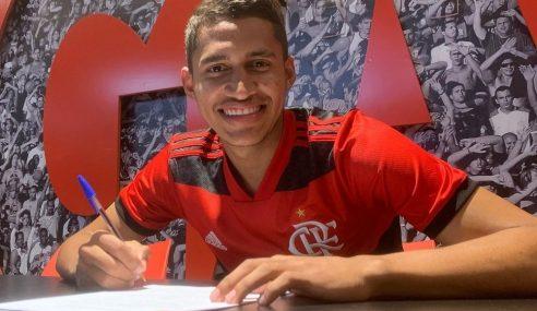 Flamengo contrata estrangeiro para seu time sub-20