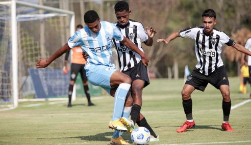 Atlético-MG marca nos acréscimos, vence Londrina e avança na Copa do Brasil Sub-17