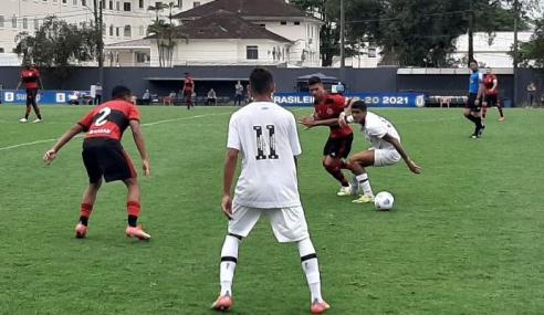Santos surpreende, bate Flamengo e deixa lanterna do Brasileirão Sub-20