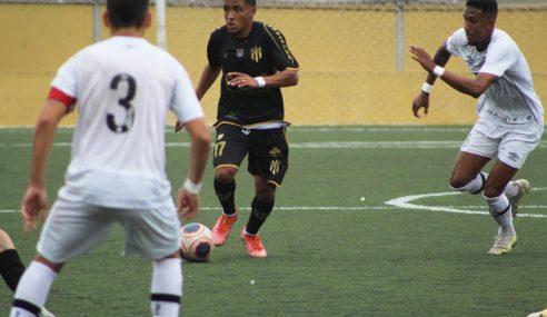 Santos goleia e se mantém na briga pela classificação no Paulista Sub-20