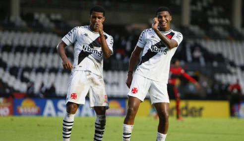 Vasco vence Flamengo e sai na frente nas quartas do Brasileirão Sub-20
